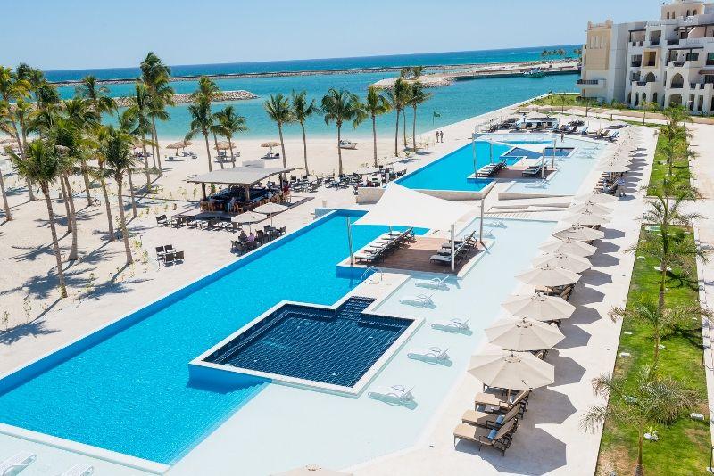 overview pool al fanar hotel oman