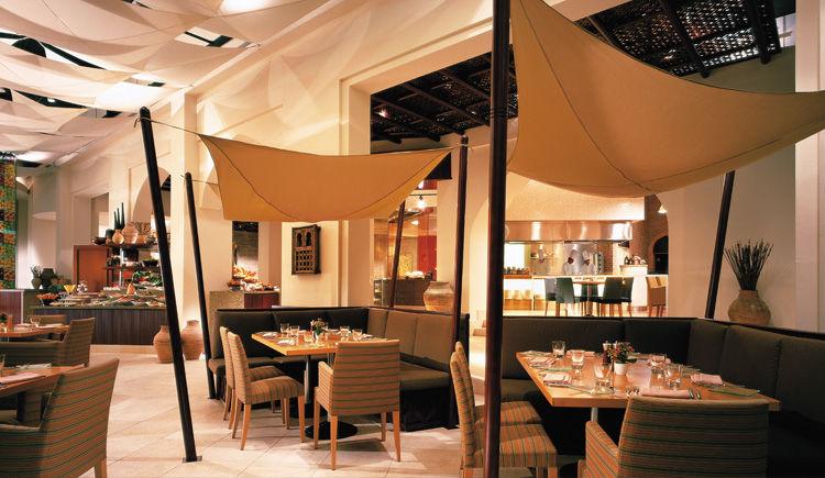 Shangri-La Barr Al Jissah Al Waha restaurant