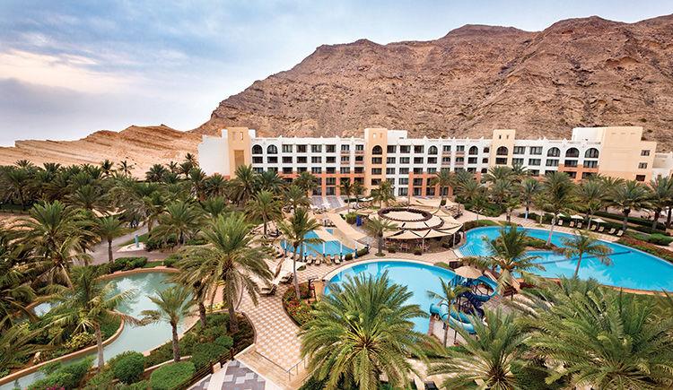 Shangri-La Barr Al Jissah Resort & Spa Al Waha 5 *
