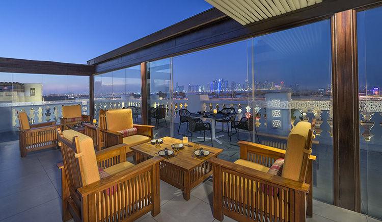 Al Jomrok - terrasse restaurant Al Shurfa