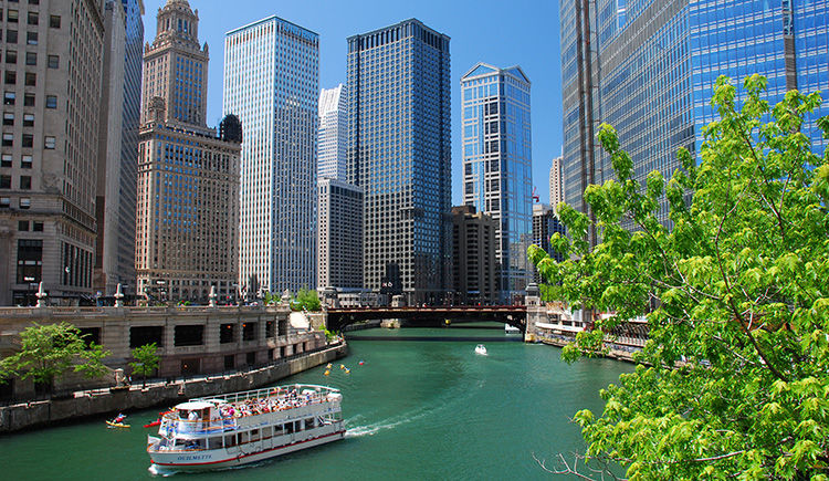 Chicago, Detroit & Les Grands Lacs