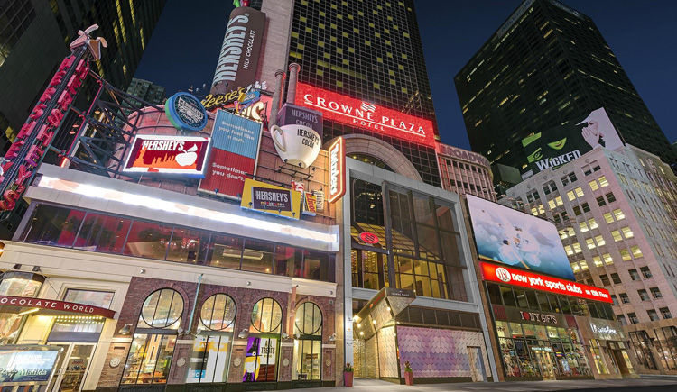 Crowne Plaza Times Square 4 *