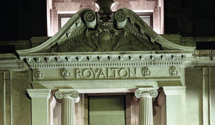 Royalton 4 *